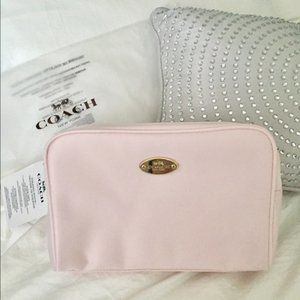 COACH New York Toiletry Pouch Cosmetic Hand Bag